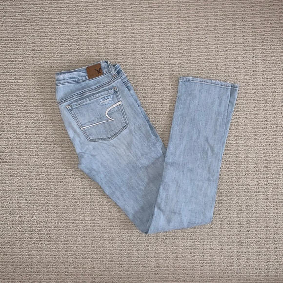 American Eagle Outfitters Ripped Skinny Jeans